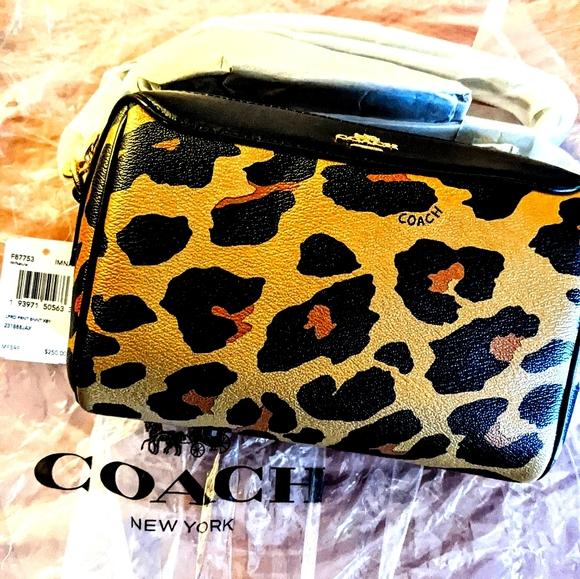 🔥COACH NWT crossbody bennett cheetah print